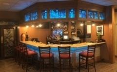 Vitos Bar